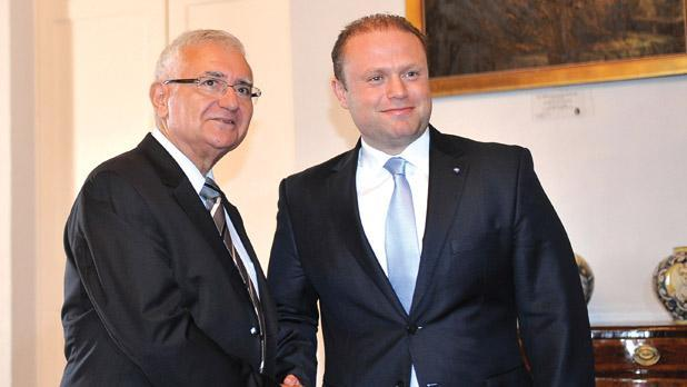 Dalli and Muscat