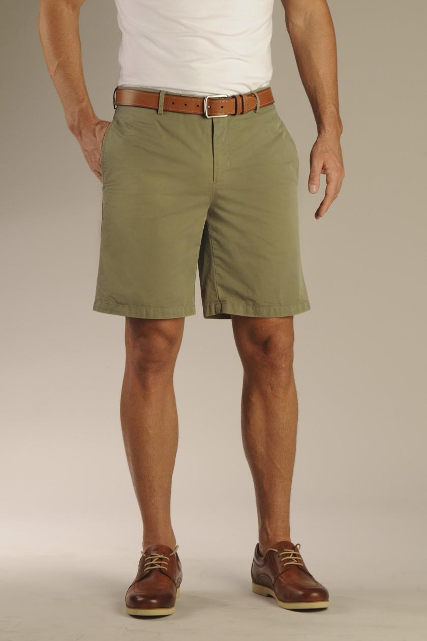 Bermuda shorts   definition in the Cambridge English ...