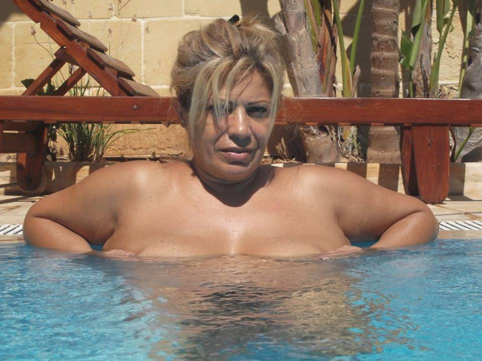 Big boob bikini girls