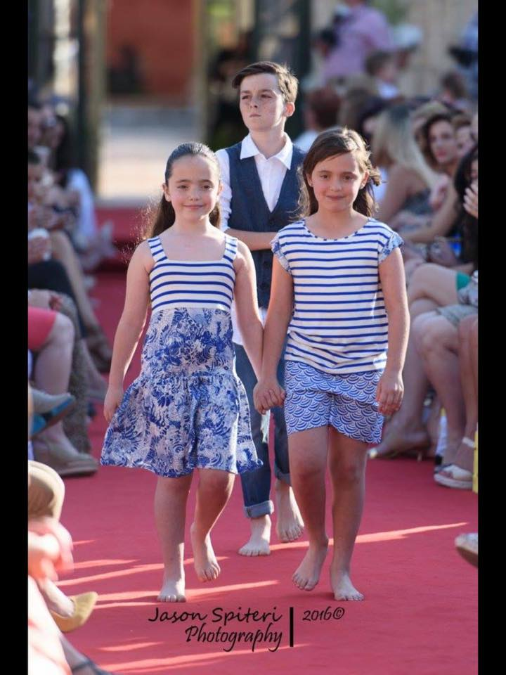 Prime Minister S Daughters Model At Fashion Show Hosted By