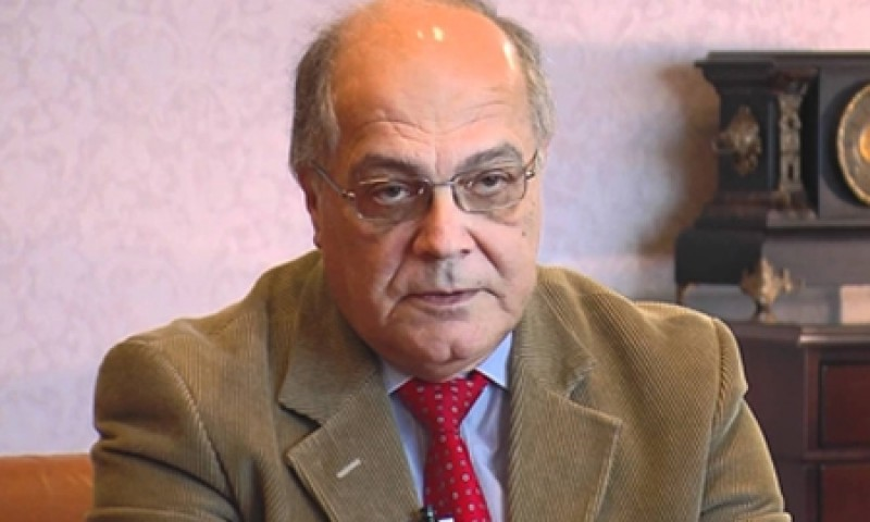 Joe Bannister, chairman of the Malta Financial Services Authority, is now in New York with the Prime Minister, the Finance Minister and the Central Bank's deputy governor, in an attempt at persuading US banks to act as correspondents for Maltese banks. Bannister was appointed chairman of the Malta Financial Services Authority in 1999, by John Dalli who was then Finance Minister. He is still in that post almost two decades later.
